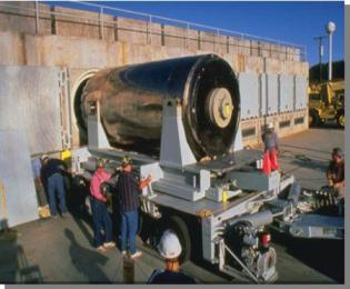 San Onofre cask loading into storage bunker